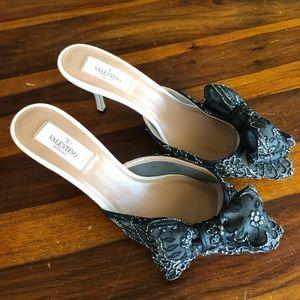 Valentino Black Lace Kitten Heel